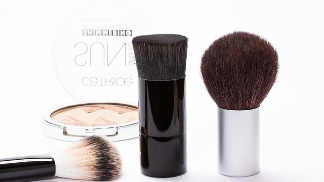 Si quieres conservar estos productos de cosmética, guárdalos en la nevera